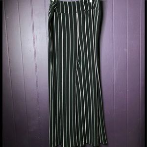 Express XL Black and Cream Striped Palazzo Pants
